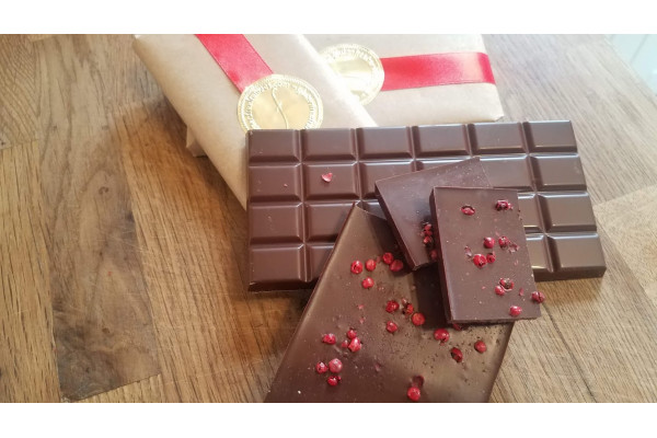 Chocolate Bar: Pink Peppercorn